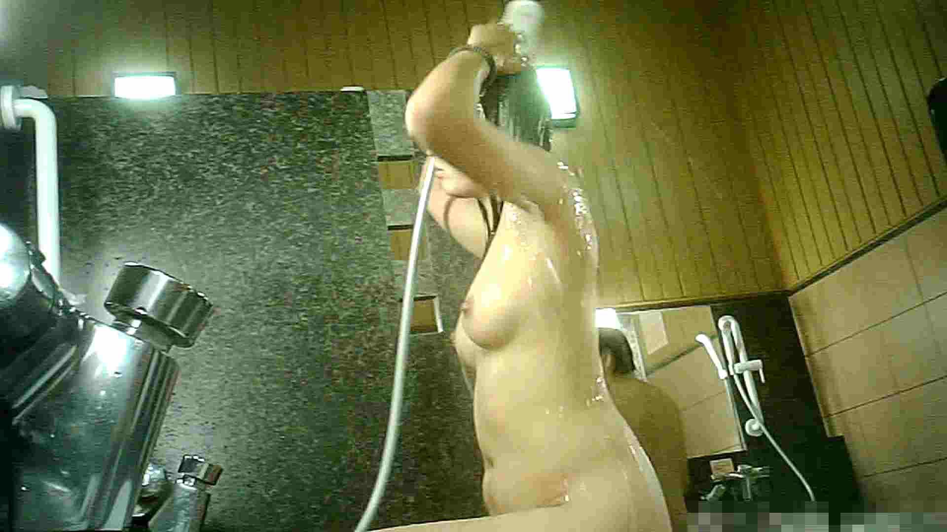 無料アダルト動画:Vol.56 洗い場!このオッパイはタマりません!:怪盗ジョーカー