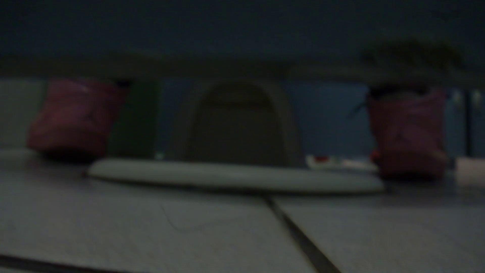 無料アダルト動画:JD盗撮 美女の洗面所の秘密 Vol.77:怪盗ジョーカー