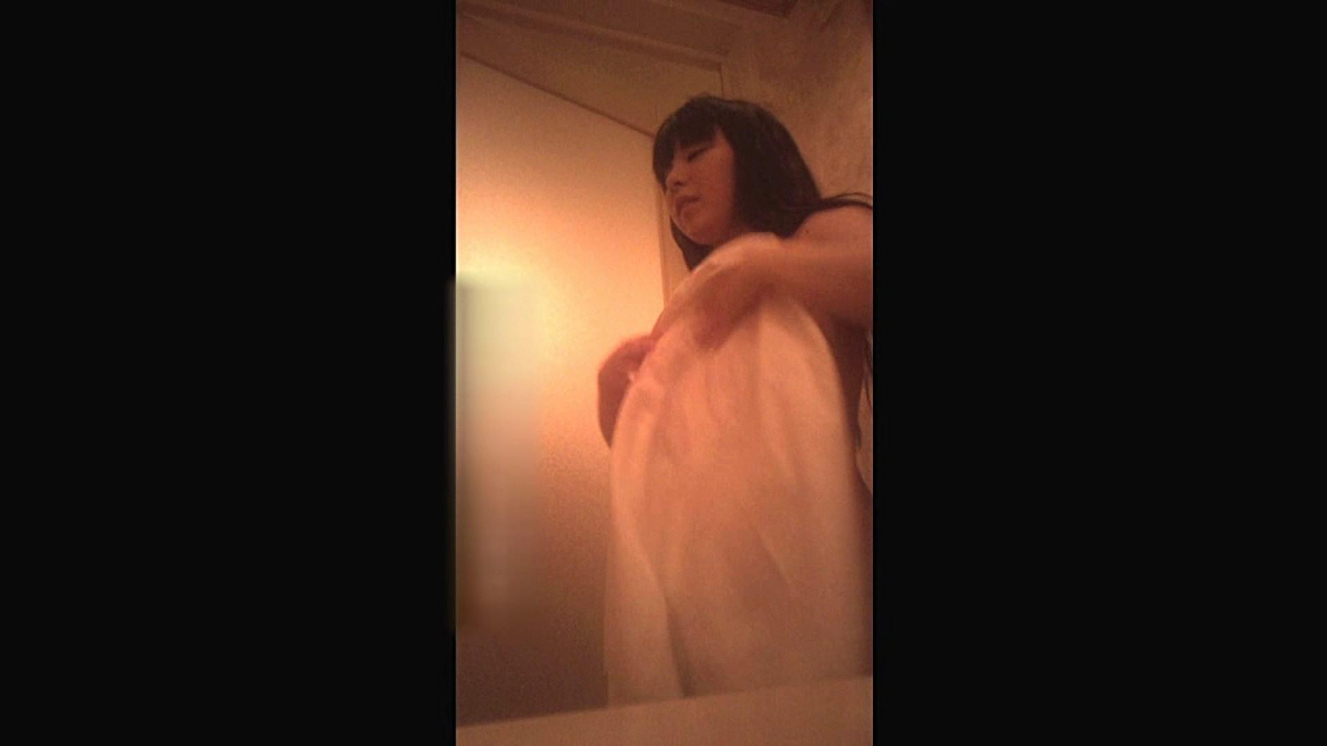 無料アダルト動画:芸術大1年 かのちゃん Vol.09 脱衣編:怪盗ジョーカー