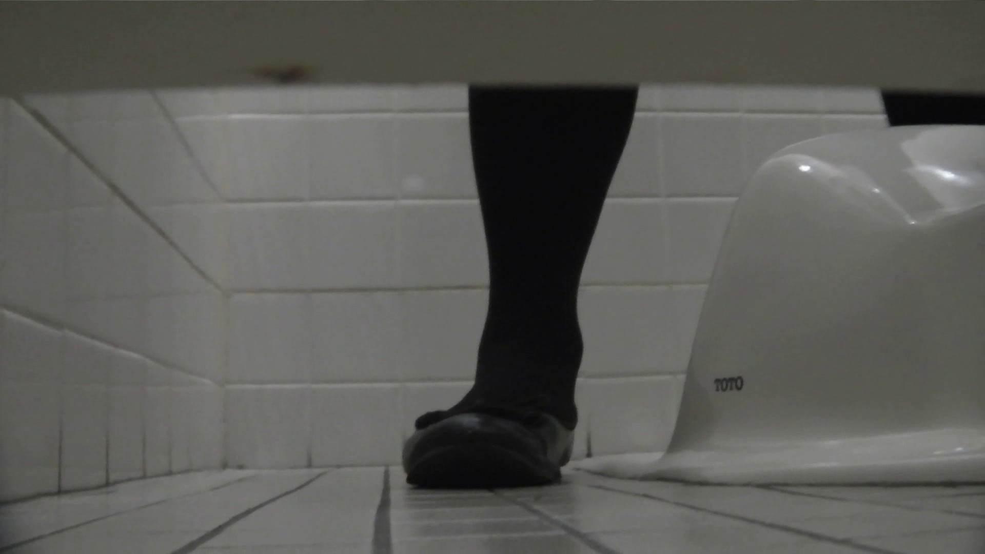 無料アダルト動画:お銀さんの「洗面所突入レポート!!」Nol.8:怪盗ジョーカー