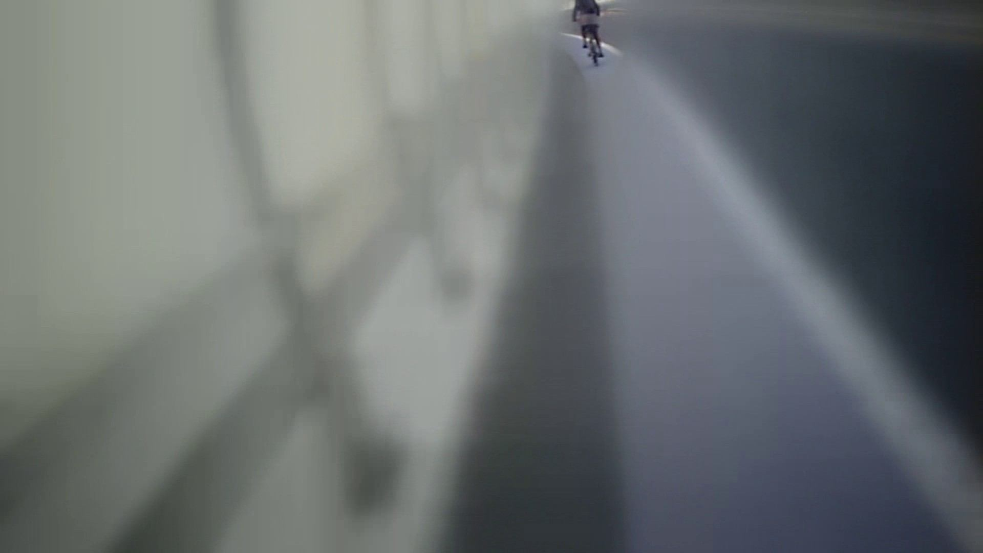 無料アダルト動画:自転車パンチラ Vol.02:怪盗ジョーカー