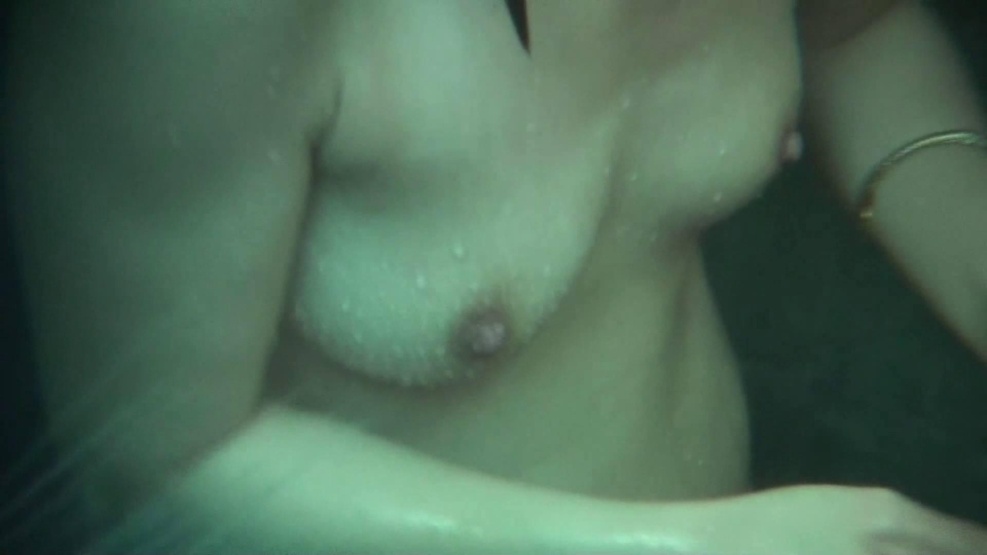 無料アダルト動画:Vol.12 女性の性器には予想外の砂が混入しているようです。:怪盗ジョーカー