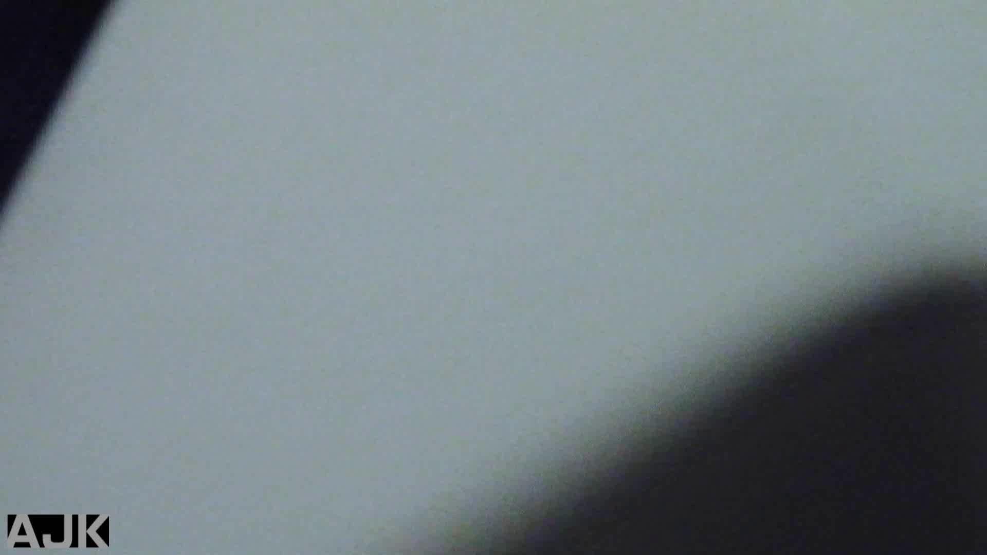 神降臨!史上最強の潜入かわや! vol.30 盗撮 ヌード画像 82連発 44