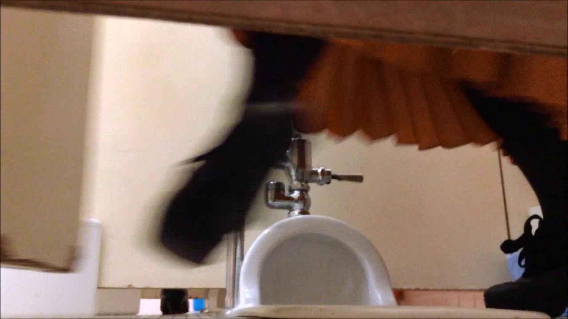 某有名大学女性洗面所 vol.07 潜入 | 和式  67連発 65