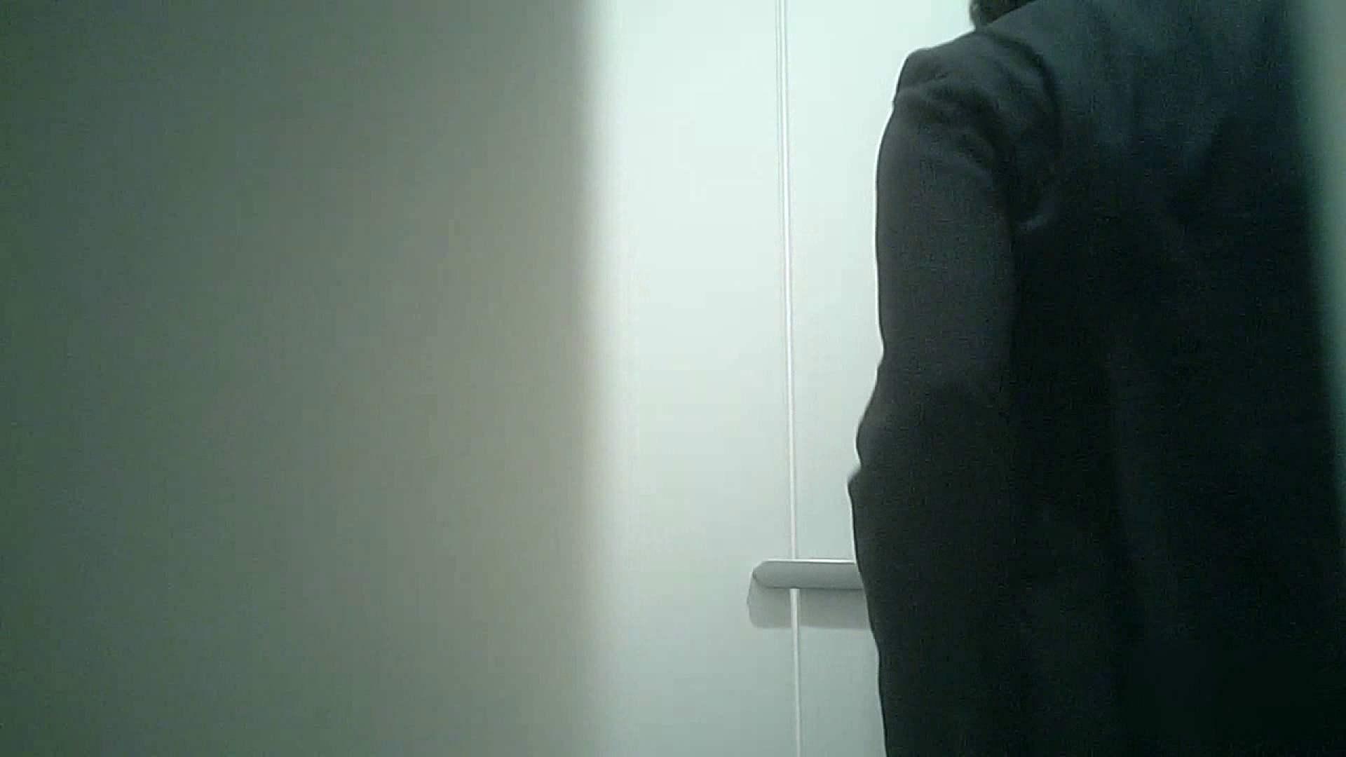 無料アダルト動画:有名大学女性洗面所 vol.36 すっごい「ほじって」ます。:のぞき本舗 中村屋