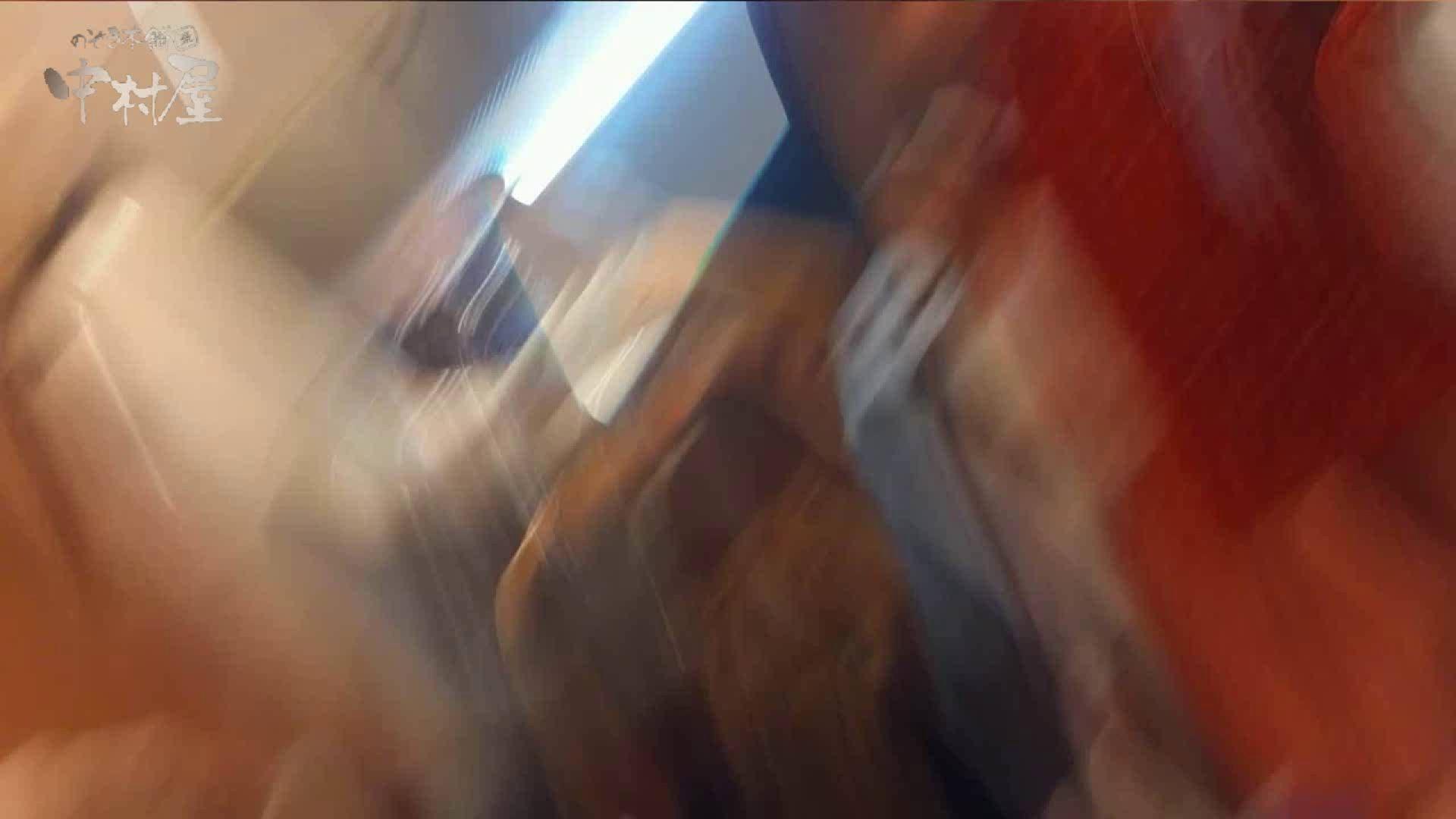 vol.69 美人アパレル胸チラ&パンチラ ストライプパンツみっけ! パンチラ  95連発 70