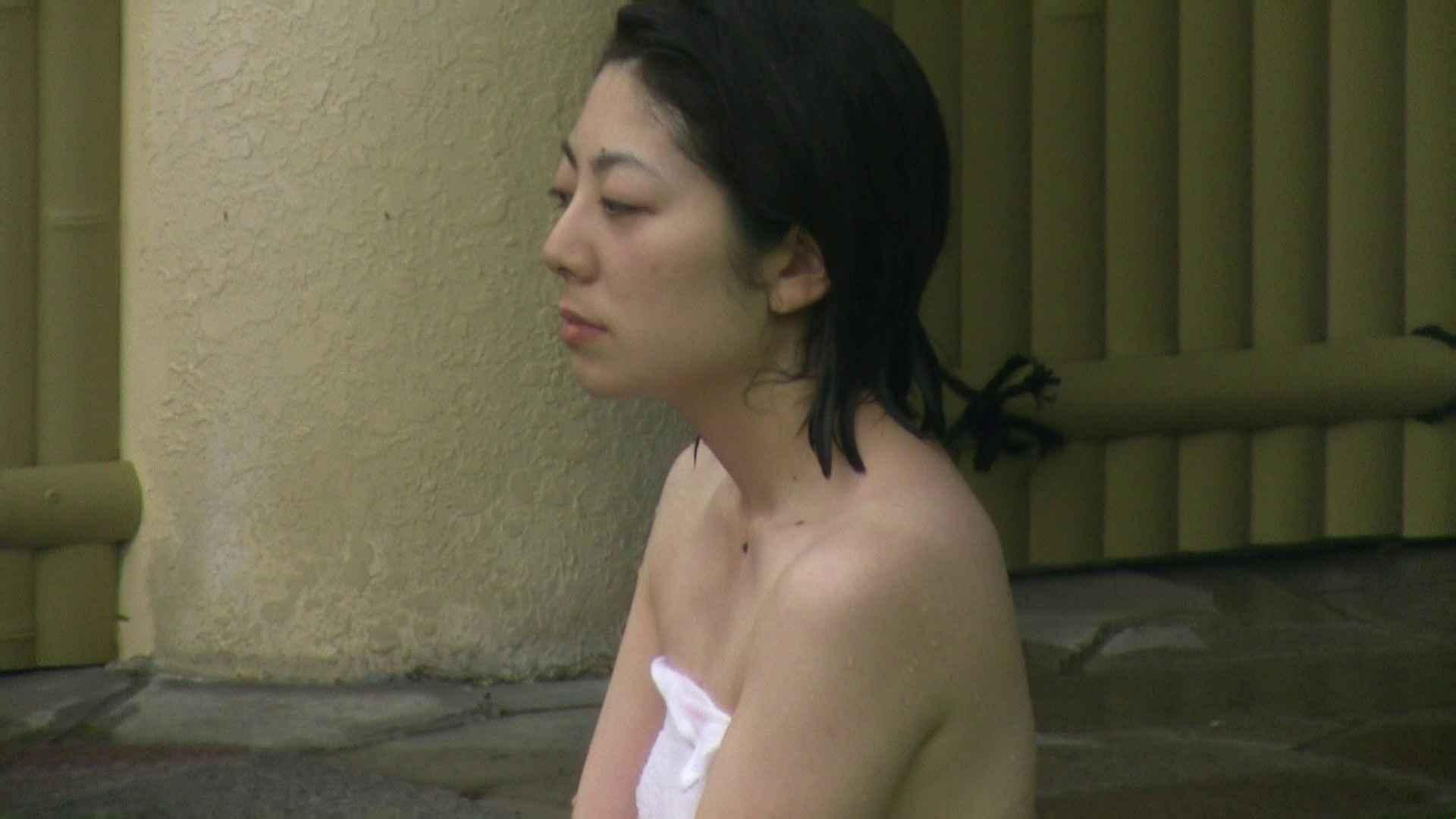 Aquaな露天風呂Vol.04 OLのエロ生活   盗撮  32連発 16