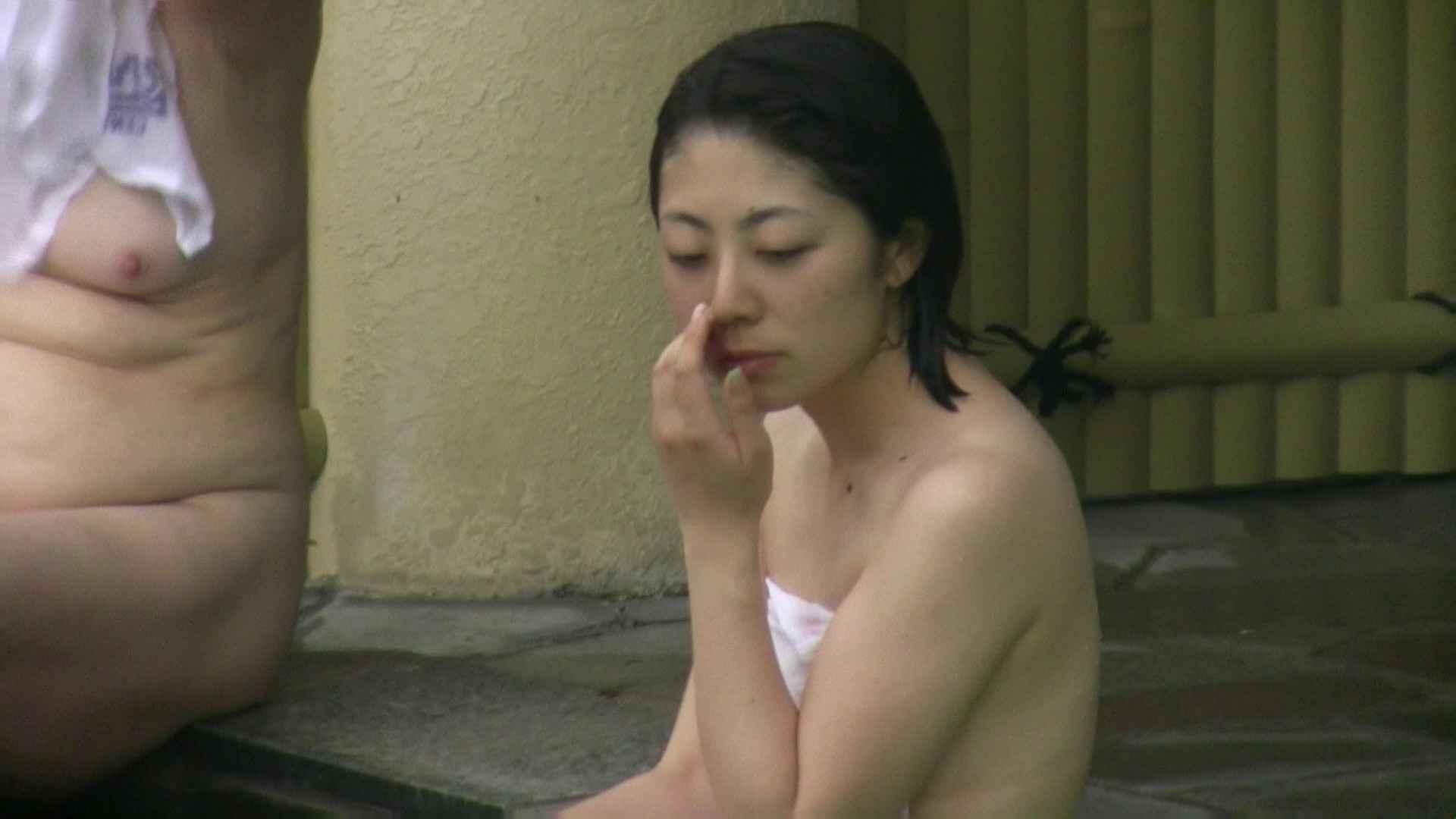 Aquaな露天風呂Vol.04 OLのエロ生活   盗撮  32連発 19
