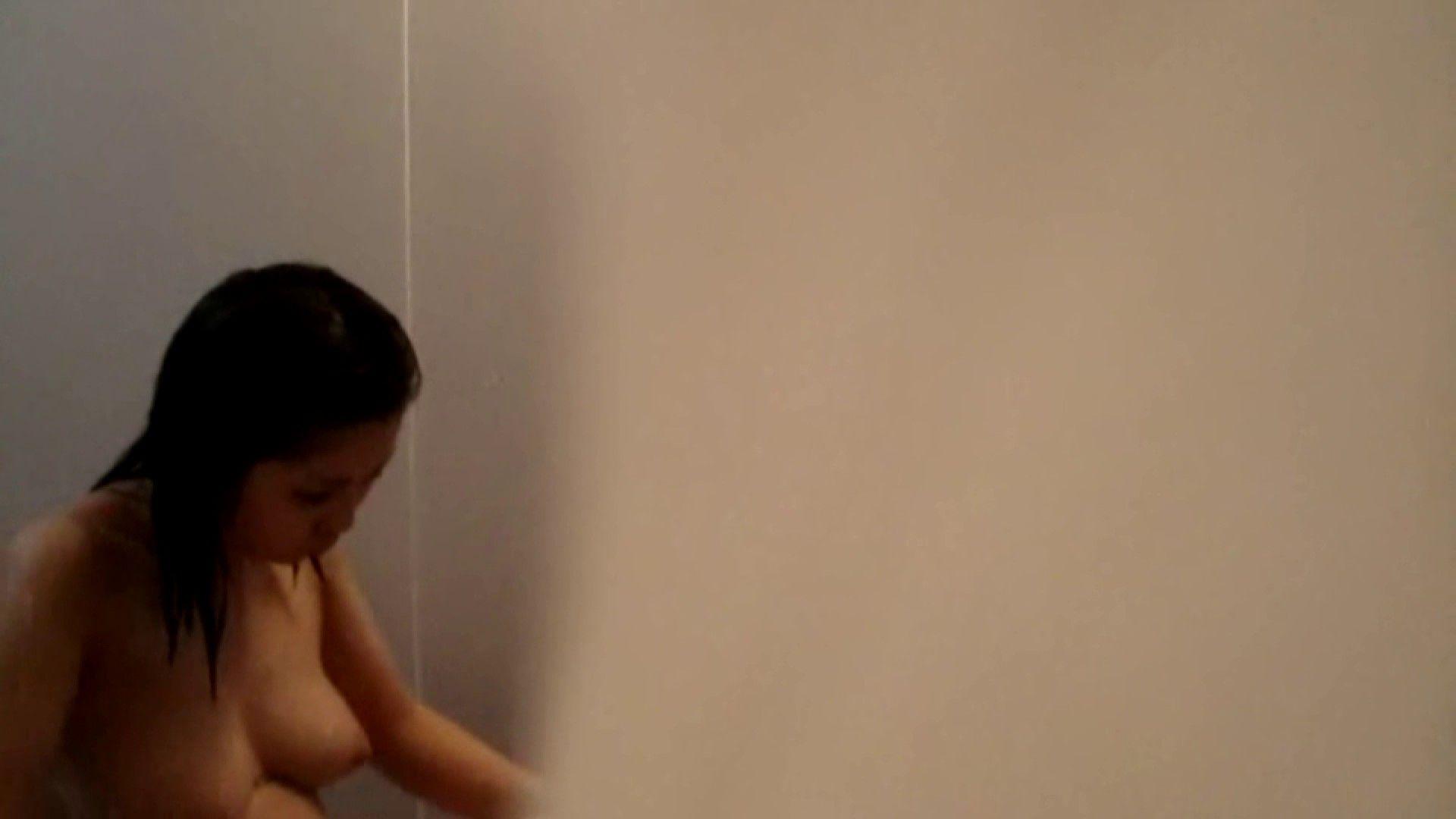 Vol.02 葵のグラドル顔負けの爆乳を入浴シーンでどうぞ。 OLのエロ生活 | ギャル入浴  55連発 53