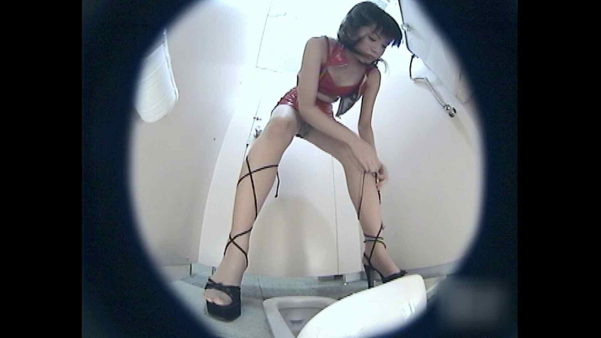 レースクィーントイレ盗撮!Vol.03 トイレ 覗きおまんこ画像 31連発 18