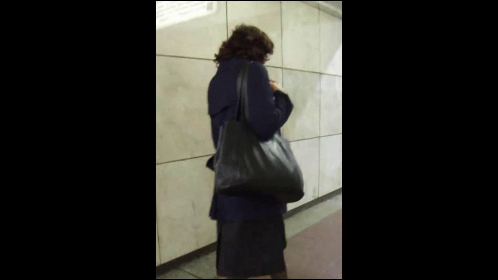 綺麗なモデルさんのスカート捲っちゃおう‼vol05 モデルのエロ生活 | OLのエロ生活  62連発 13