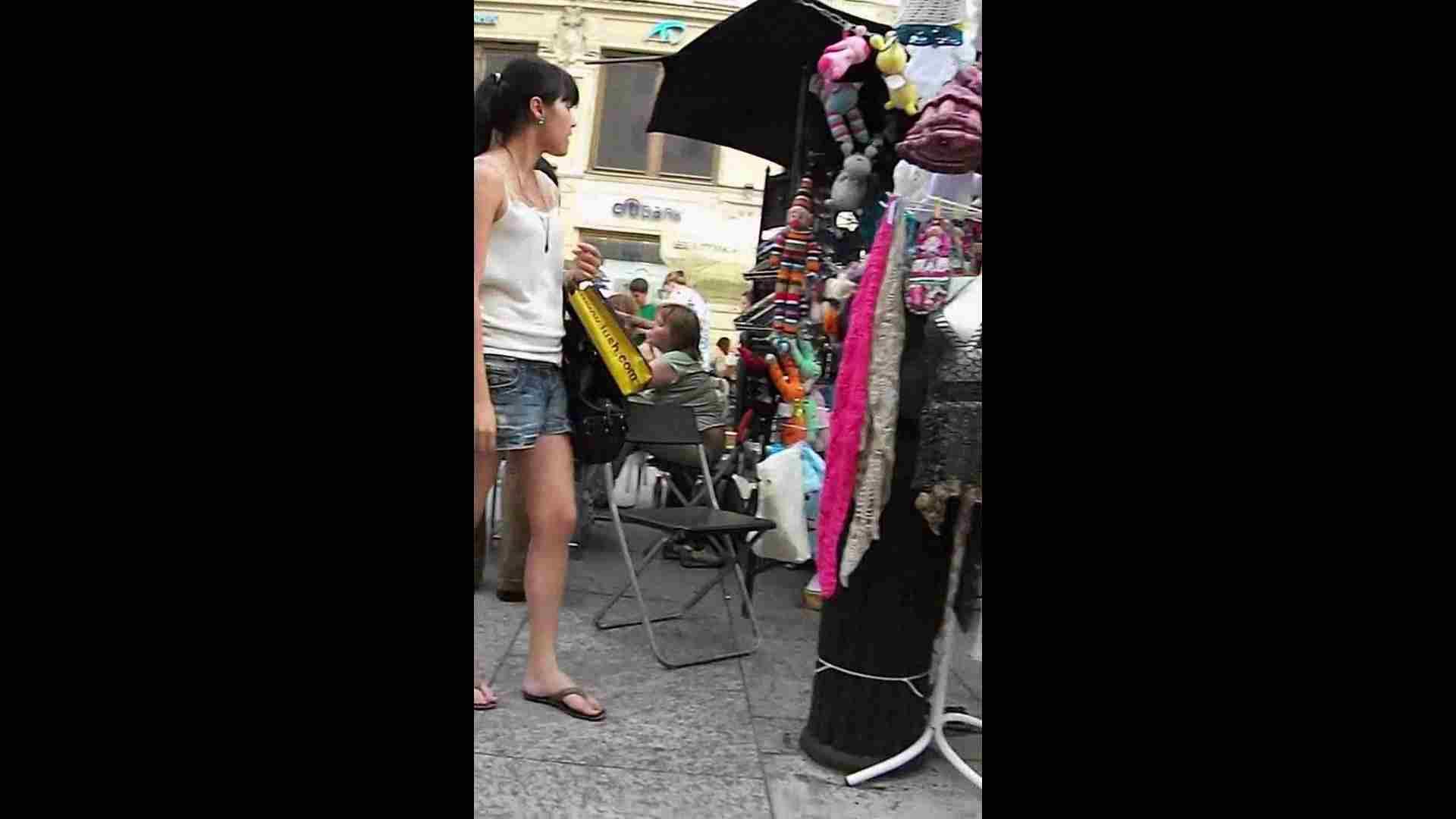 綺麗なモデルさんのスカート捲っちゃおう‼vol05 モデルのエロ生活 | OLのエロ生活  62連発 16