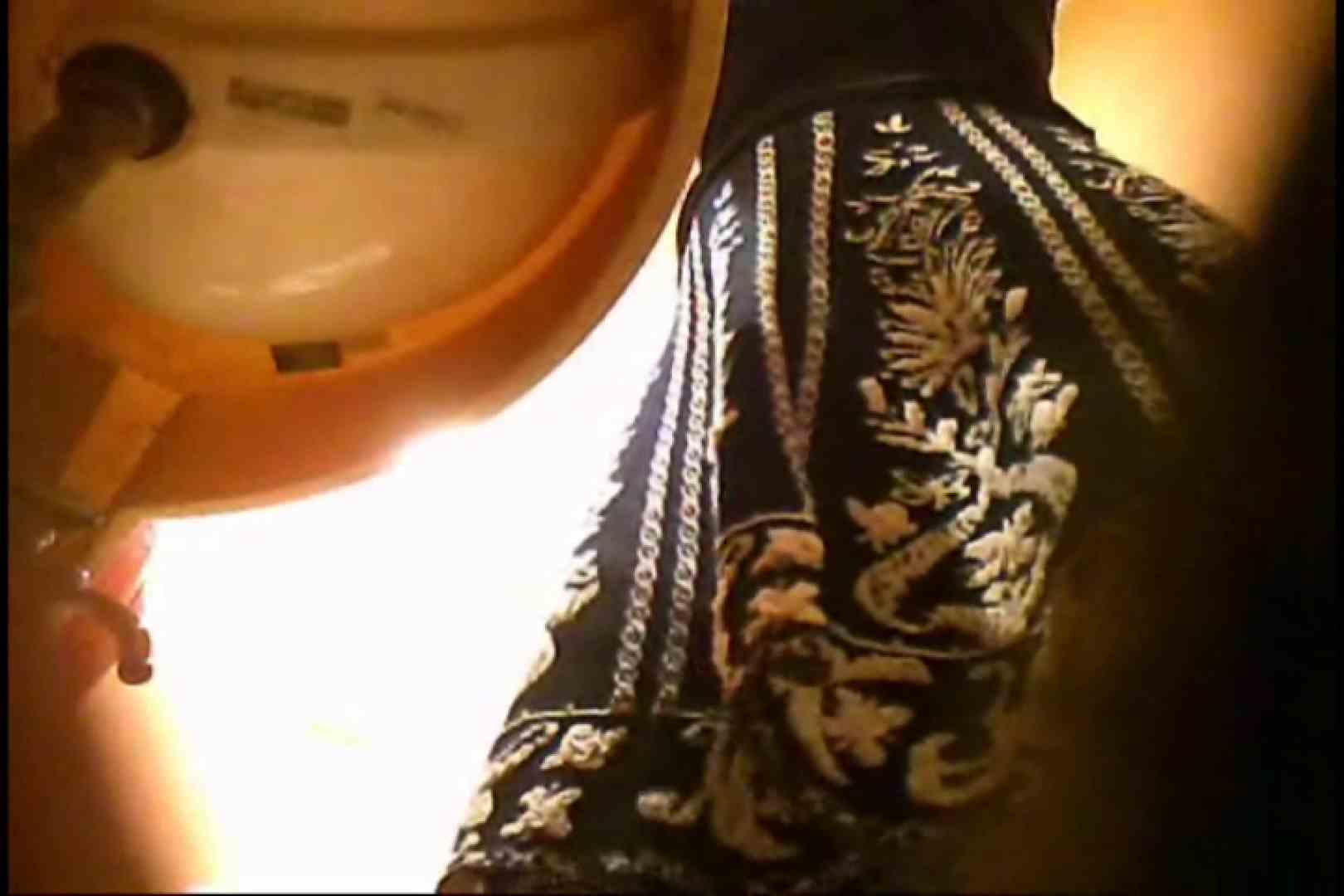 画質向上!新亀さん厠 vol.75 黄金水 オメコ無修正動画無料 99連発 77