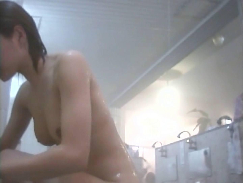 浴場潜入脱衣の瞬間!第二弾 vol.1 潜入 オマンコ無修正動画無料 54連発 45