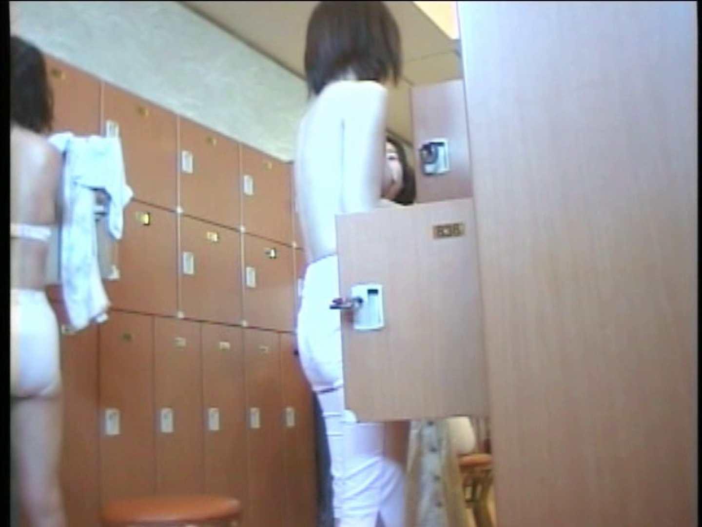 浴場潜入脱衣の瞬間!第三弾 vol.4 接写 のぞき動画画像 96連発 46