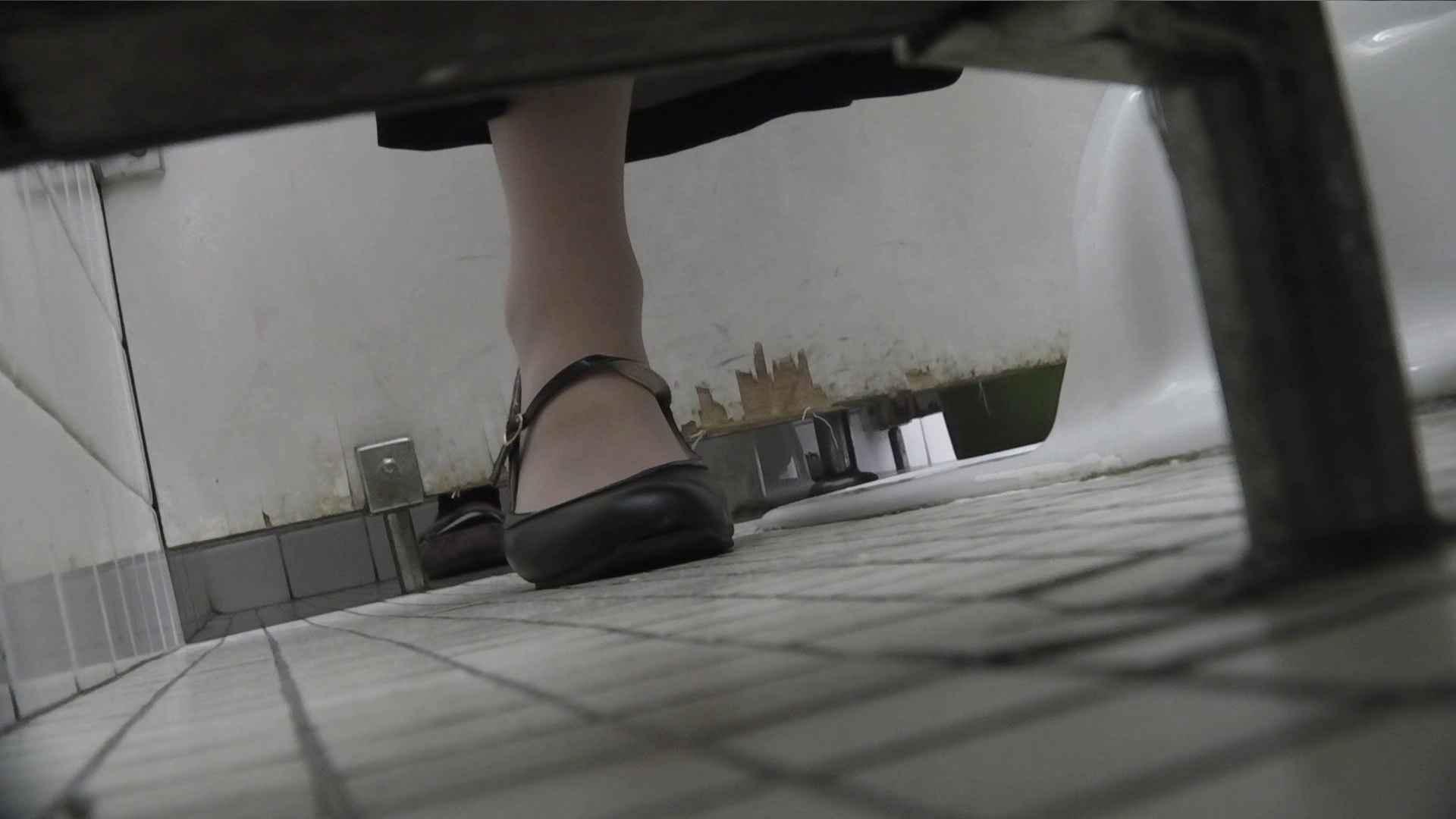 vol.06 命がけ潜伏洗面所! 茶髪タン、ハァハァ 前編 OLのエロ生活 盗み撮り動画キャプチャ 107連発 34