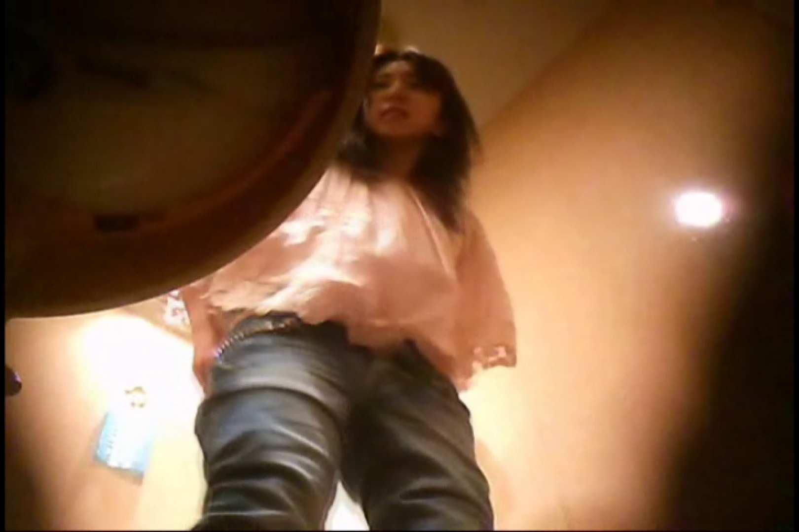 無料アダルト動画:潜入!!女子化粧室盗撮~絶対見られたくない時間~vo,126:のぞき本舗 中村屋