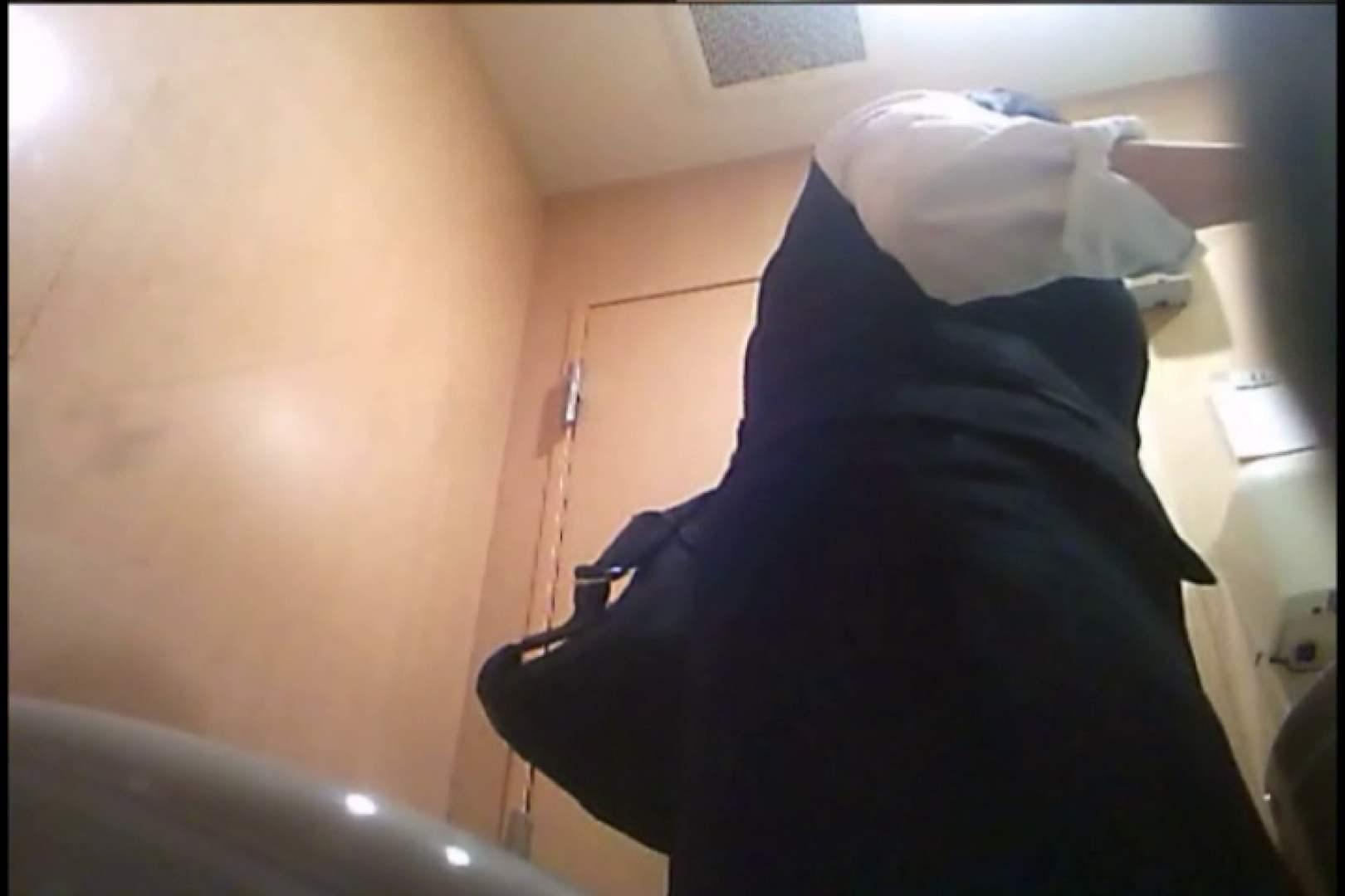 無料アダルト動画:潜入!!女子化粧室盗撮~絶対見られたくない時間~vo,20:のぞき本舗 中村屋