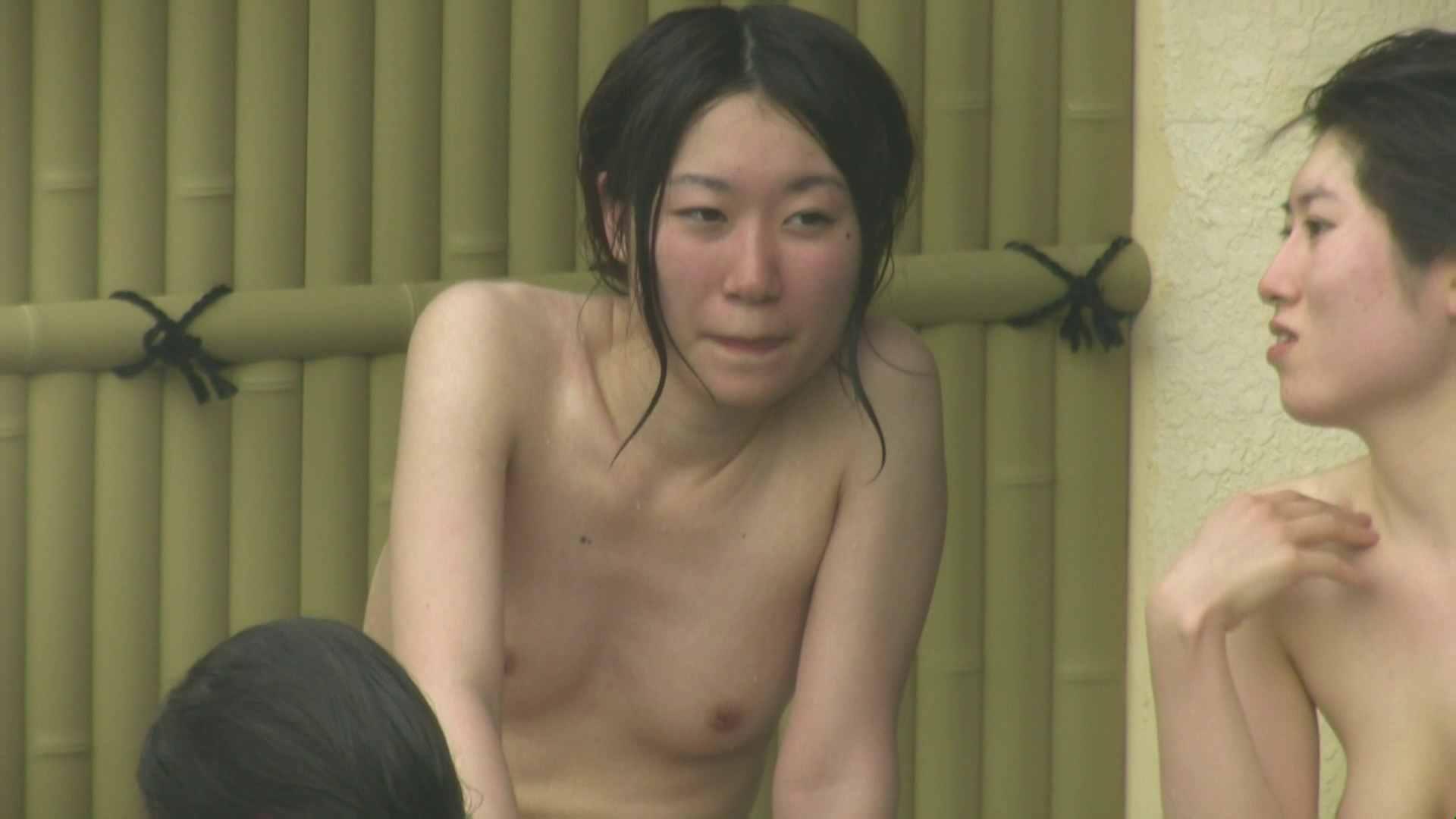 高画質露天女風呂観察 vol.025 ギャル入浴  81連発 42