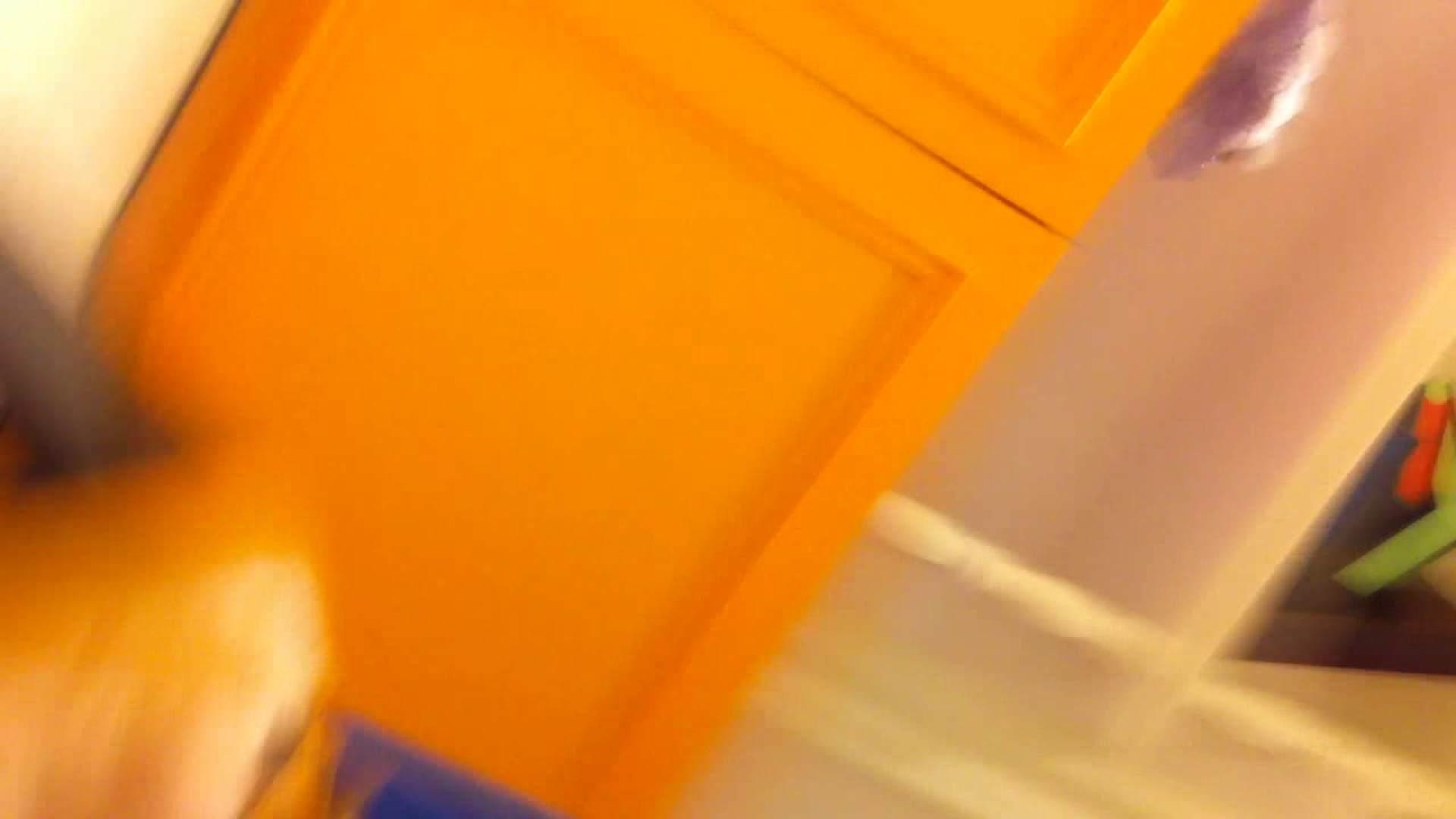 フルHD ショップ店員千人斬り! 大画面ノーカット完全版 vol.76 胸チラ エロ画像 111連発 9
