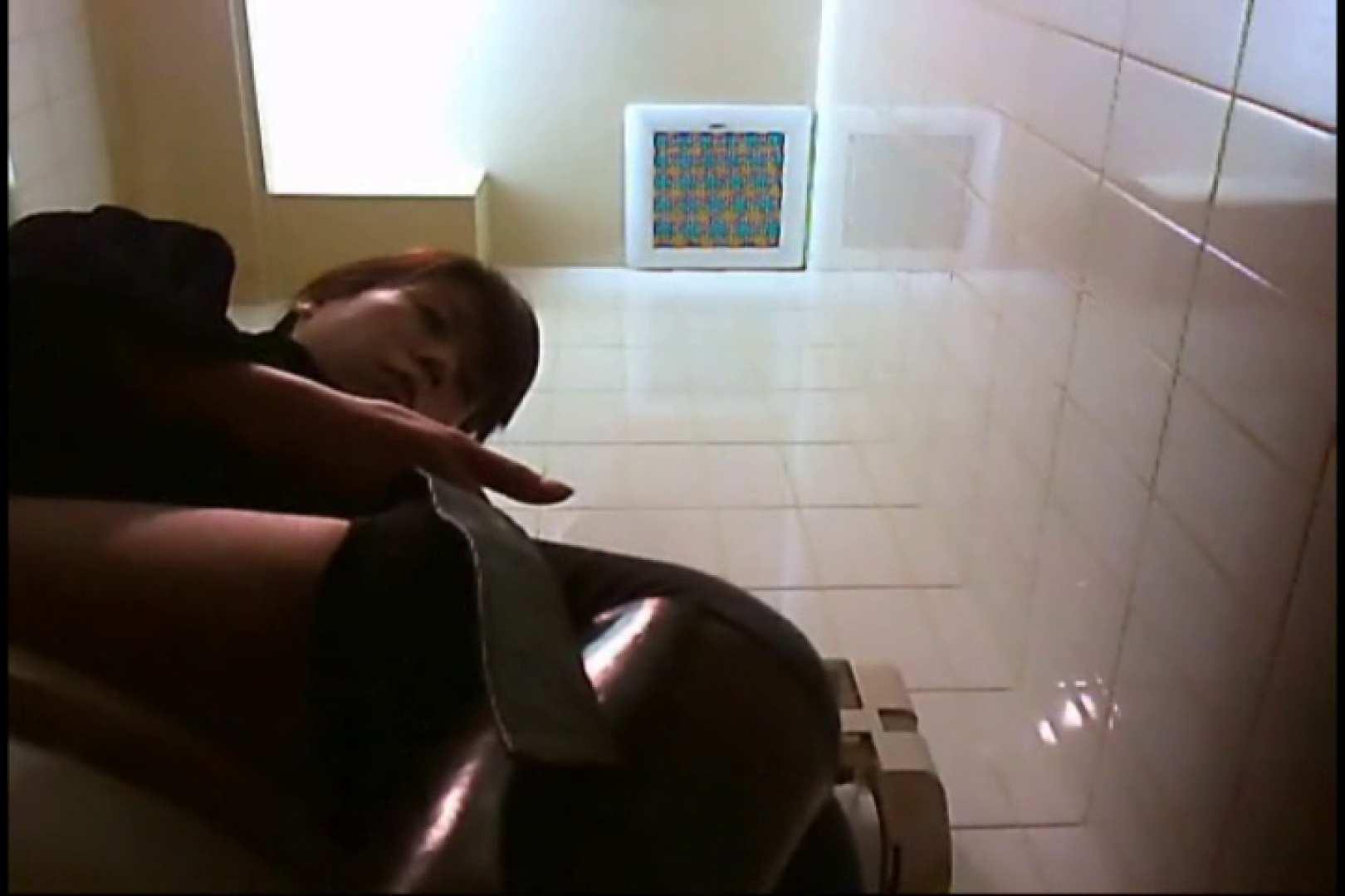 投稿!大阪市在住 亀さん厠9 黄金水 のぞき動画画像 97連発 39