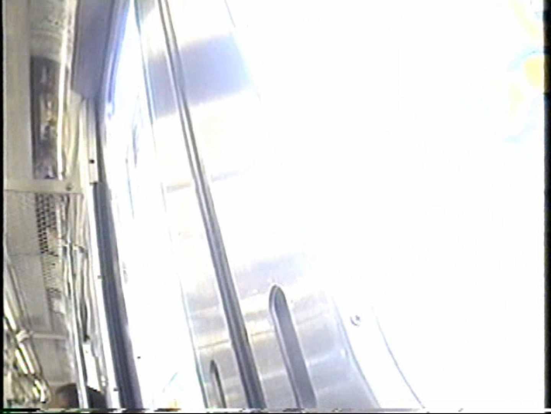 パンチラトレイン③ ミニスカート AV動画キャプチャ 22連発 17