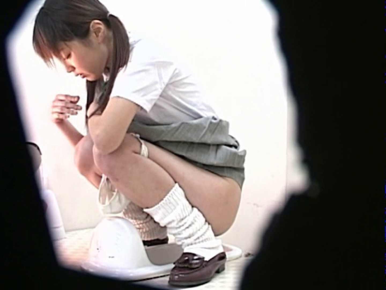 M字開脚制服女子を真下から盗撮! 高画質 スケベ動画紹介 56連発 4