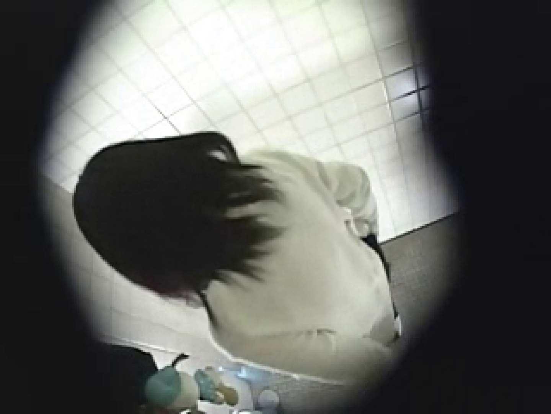 緊急放尿!! 都内某公園潜入盗撮 厠 エロ画像 95連発 58