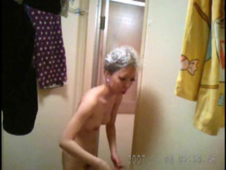 父親が自宅で嬢の入浴を4年間にわたって盗撮した映像が流出 ギャル入浴 オマンコ無修正動画無料 77連発 17