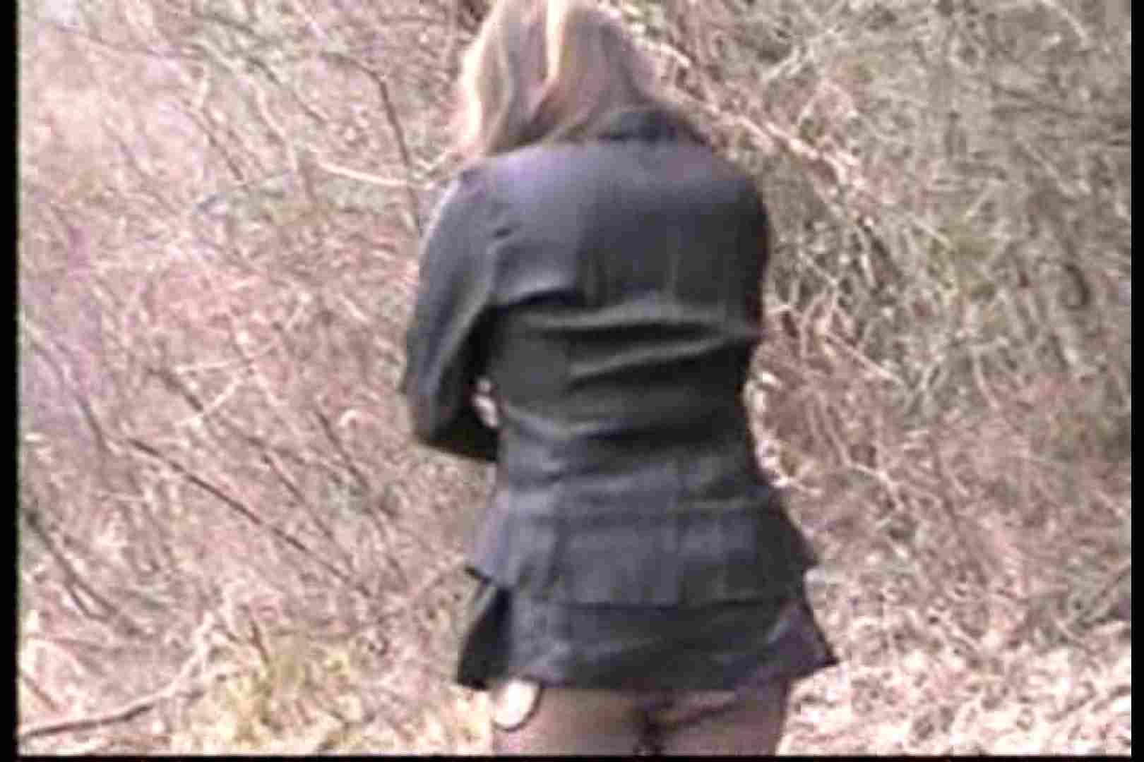 美熟女の野外露出プレイ2 熟女のエロ生活 | 野外  103連発 61