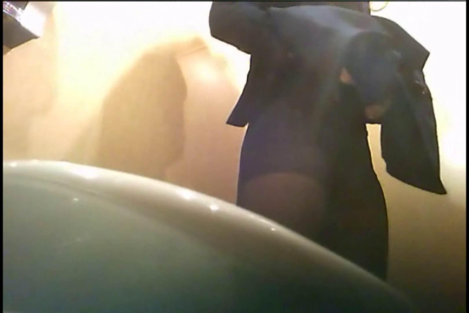 潜入!!女子化粧室盗撮~絶対見られたくない時間~vo,8 潜入 ワレメ無修正動画無料 62連発 26