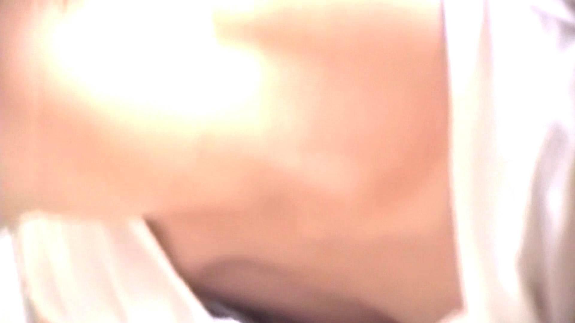 真剣に買い物中のgal達を上から下から狙います。vol.02 OLのエロ生活  103連発 38