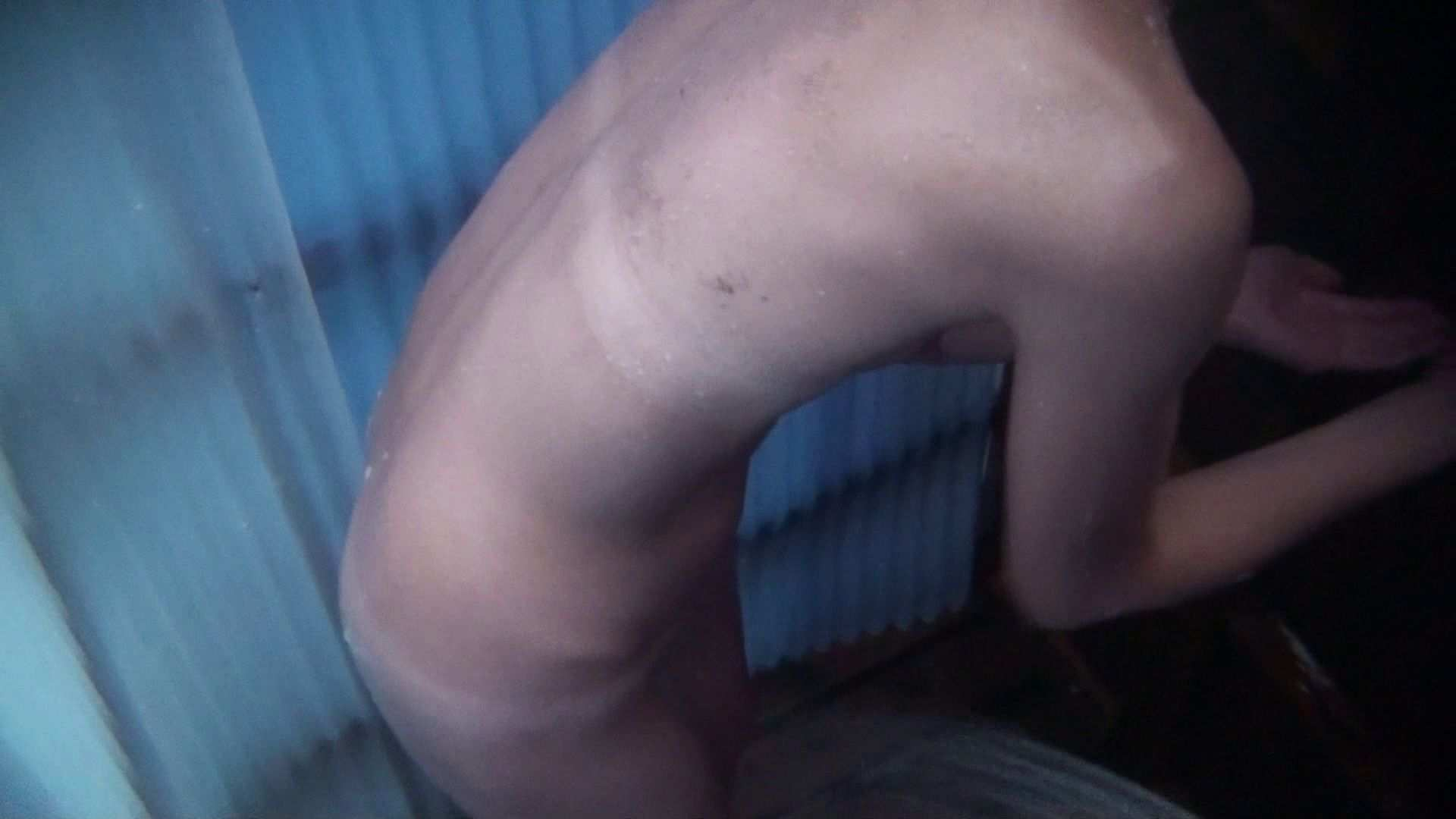 無料アダルト動画:シャワールームは超!!危険な香りVol.22 オッパイに盛りが欲しい貧乳美女:ピープフォックス(盗撮狐)