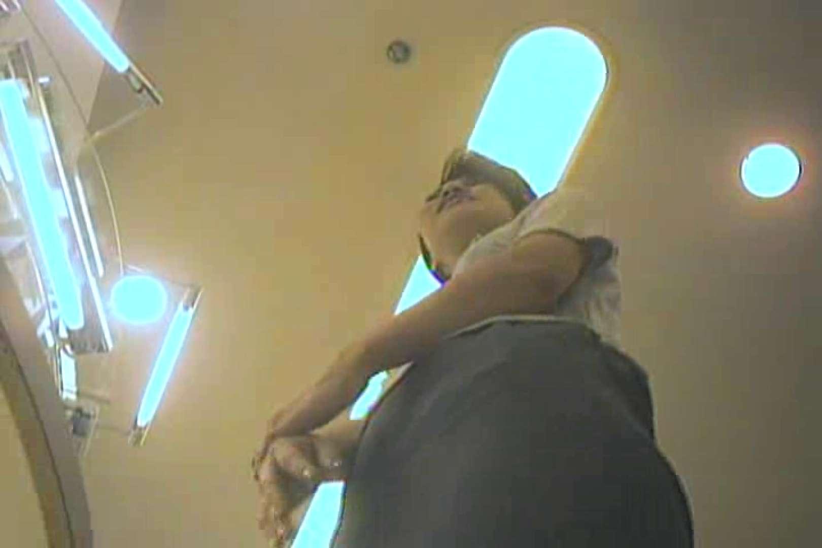 無料アダルト動画:デパートローアングル徘徊 靴カメ盗撮Vol.4:ピープフォックス(盗撮狐)